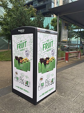 iHubbs Smart Advertising Fruit People
